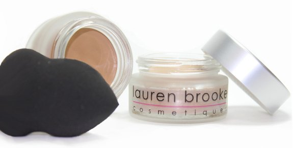 Lauren Brooke Creme Foundation